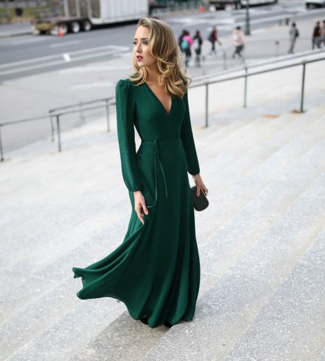 what-wear-black-tie-winter-wedding-emerald-green-maxi-wrap-milan-dress-reformation-classic-fashion-style-blog-nyc-mary-orton-9-7-1030x1148
